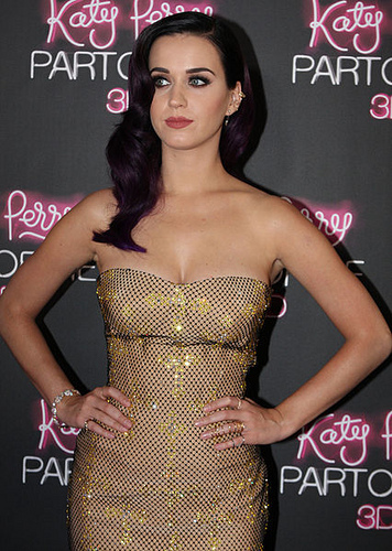 426px-Katy_Perry_8,_2012